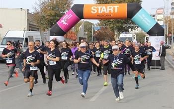 """Medicana Çamlıca Hastanesi'nden Anlamlı Koşu; """"Hayat Kurtarmak İçin Yarıştayız"""""""