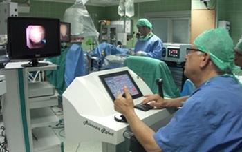 Böbrek taşında yeni tedavi sunan İbn-i Sina robotu beğeni topladı