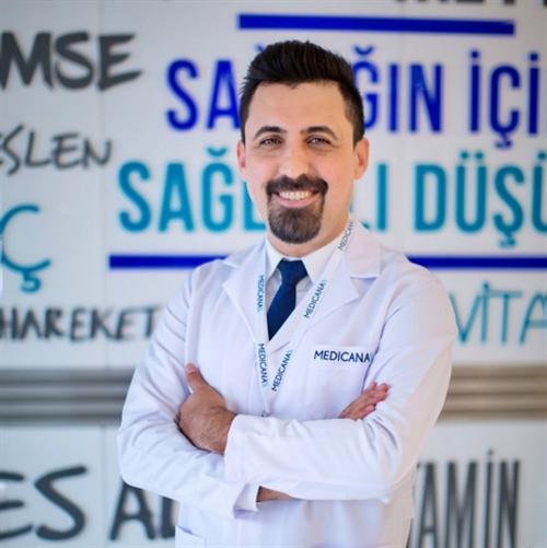 Uzm. Dr. Ahmet Çapar