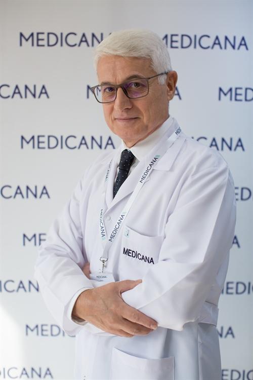 Op. Dr. Ahmet Kızılağaçlı