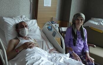 80 yaşındaki anne, böbreğiyle oğluna hayat verdi