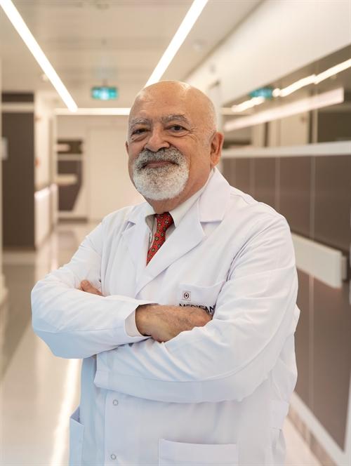 Prof. Dr. Macit Ü. Sandıkçı