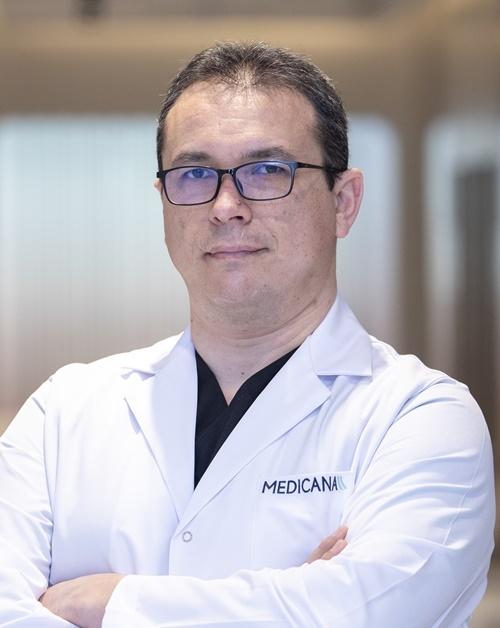 Dr. Öğr. Üyesi Mustafa Uzkeser