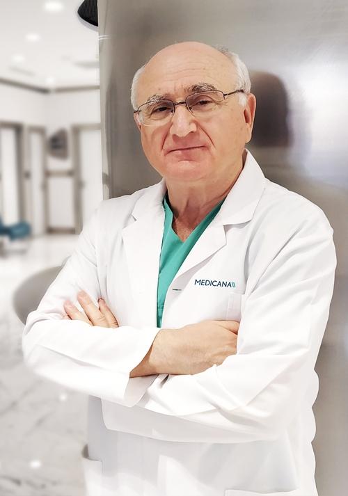 Uzm. Dr. Mustafa Abdullah