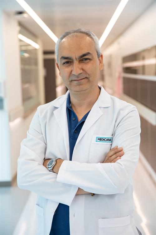 Op. Dr. Hakan Şimşek