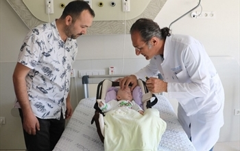 Prematüre bebeğe beyin ameliyatı