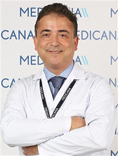 Uzm. Dr. N. Rıza Kuruefe