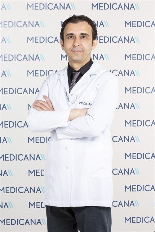 Uzm. Dr. Ömer Önder Savaş
